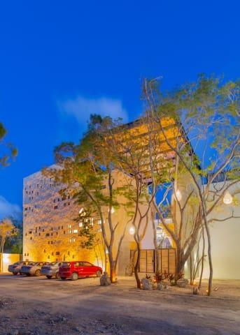 Horus - Lux PH W Rooftop - 2BR - La Veleta #9
