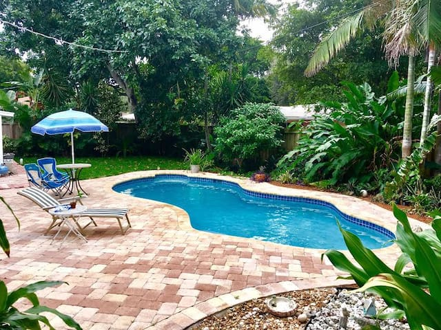 Heart of Wilton Manors House, Master, Q Bed, Pool - Wilton Manors - Ház