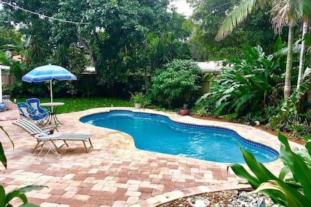 Heart of Wilton Manors House, Master, Q Bed, Pool - Wilton Manors - Huis