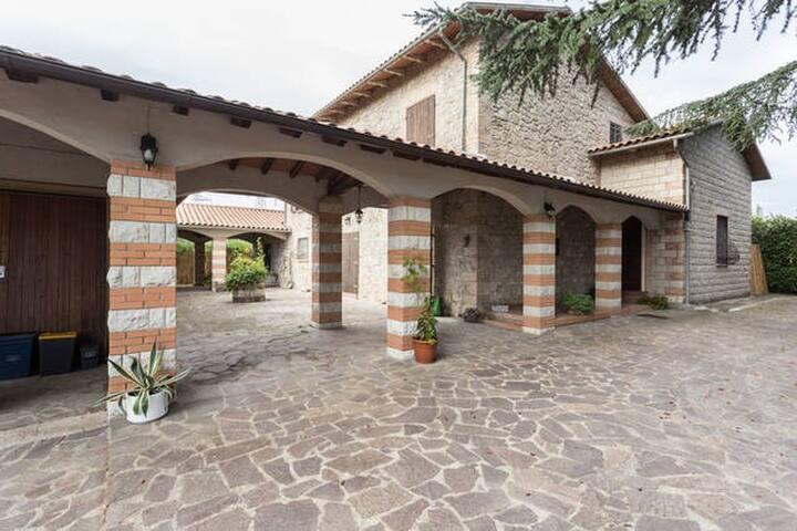 PASQUA alla Poggetta con camino e Wi-Fi per gruppi - Castiglione In Teverina - Villa