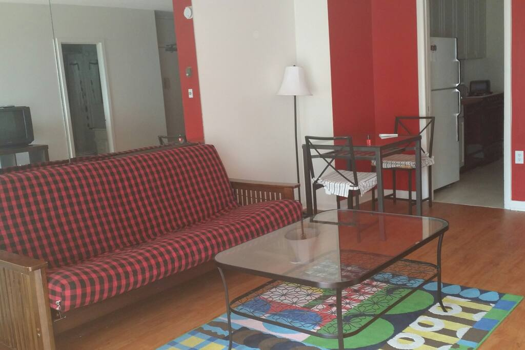 a fully furnished 600 sq ft studio apartments for rent in bethesda maryland united states. Black Bedroom Furniture Sets. Home Design Ideas