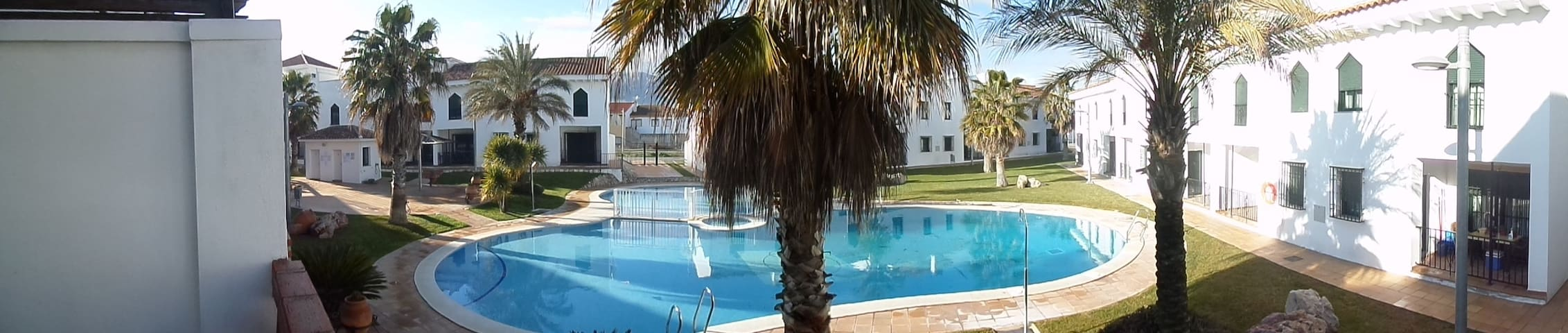 Ground Floor Elevated apartment - Iznalloz - Apartamento