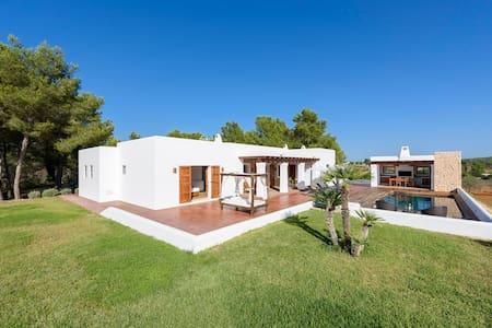 Villa Dalt S'Era