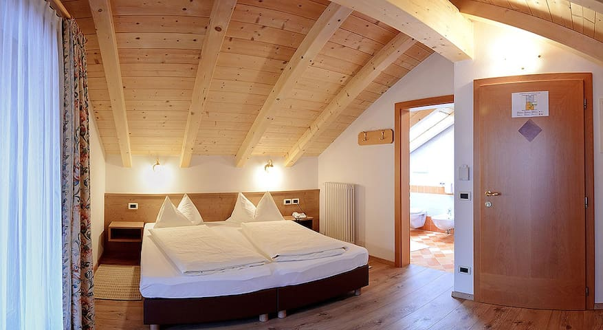 Double room in the attic with balcony