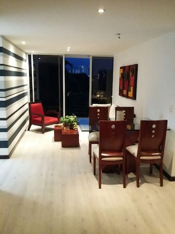 Modern flat, great location! - Armenia - Apartamento