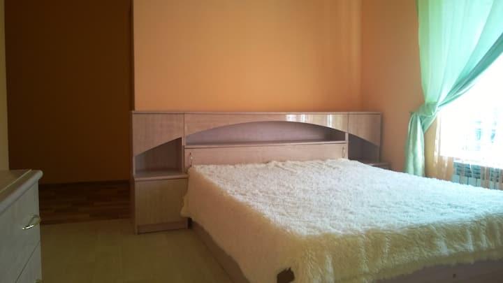 Комнаты с сан узлами и общей кухней в уютном доме
