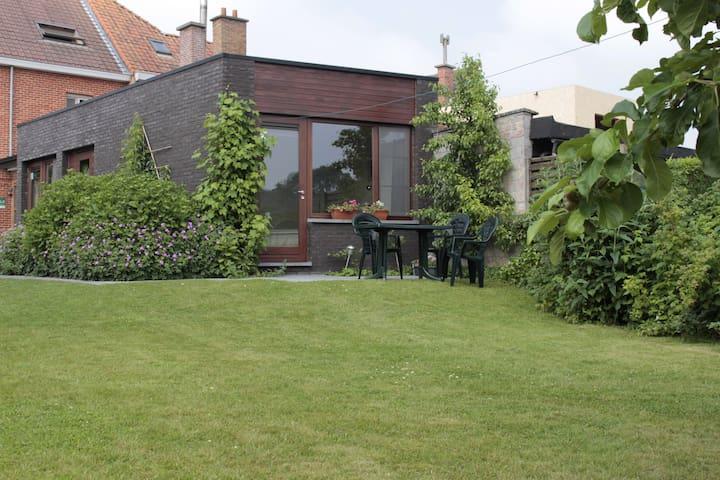 logeren tussen Gent en Brugge - Nevele - Bed & Breakfast