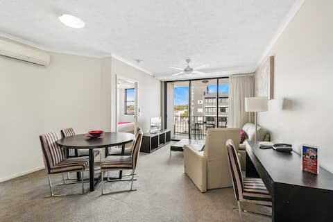 #515 Fully Self Contained CBD Apartment