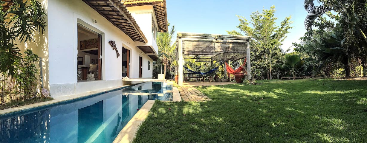 Beach Villa in Busca Vida - 24hSecurity - Bahia - Huis