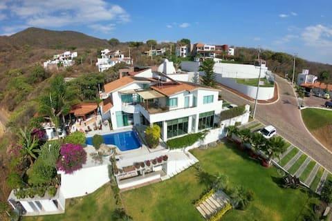 Casa del Gallito, Rancho San Diego, Ixtapan