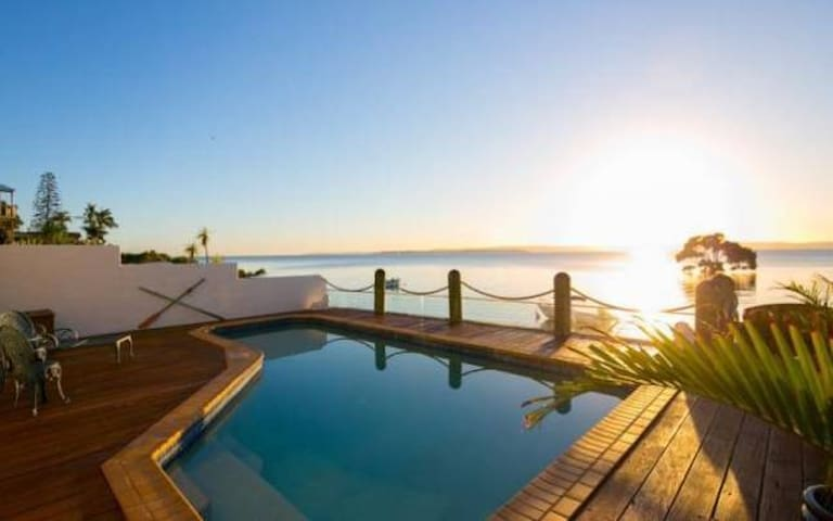 Moreton Bay Beach Lodge - Cleveland - Lägenhet