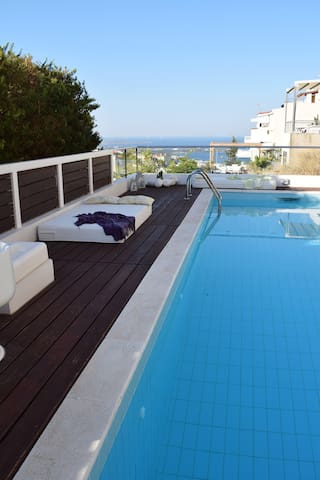 Panorama Grand Apartment with Sea View 90m2