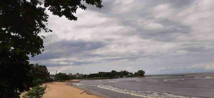 Grande villa à Kribi, à deux pas de la plage!