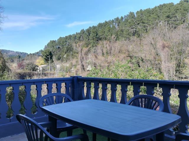 Le Cocon Terrasses,  jardin, vue dégagée  Cévennes