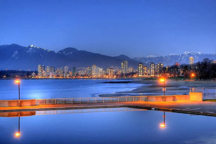 Heart of Kitsilano, close to the beach&shopping st - Vancouver - Lägenhet