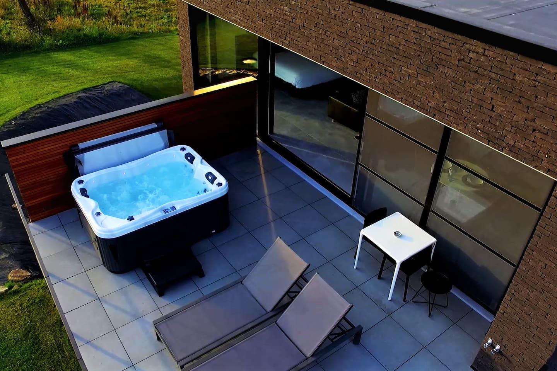 Loft,jacuzzi,sauna Close to Spa-Francorchamps - Villas for Rent in ...