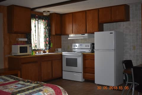 Denali RV Park/Motel, 4 beds, bath, kitchen (19)