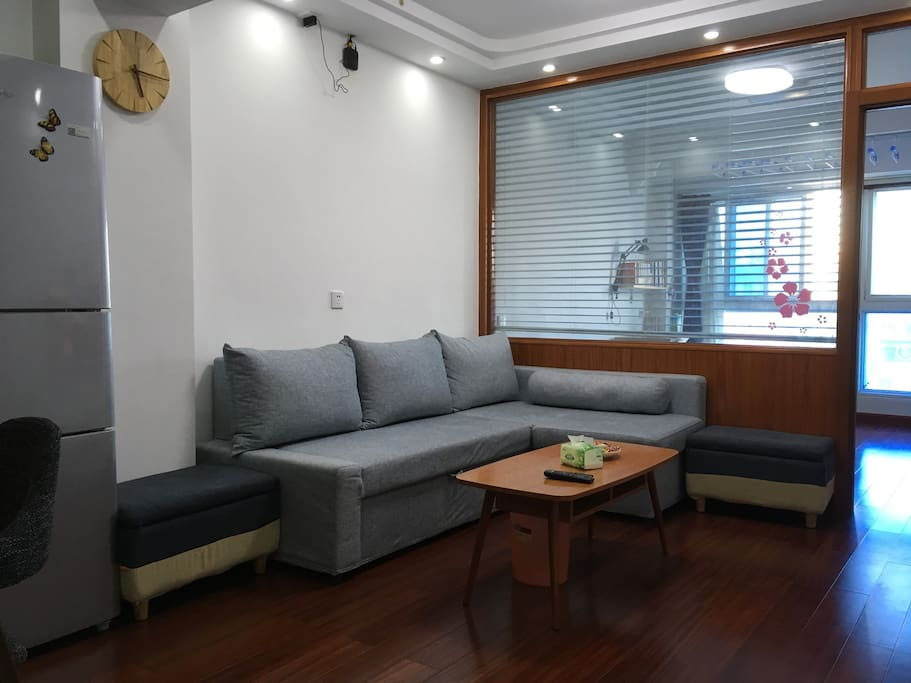 最近换了新沙发,其他照片其他照片还没更新