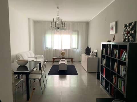 Appartamento minimal con posizione strategica