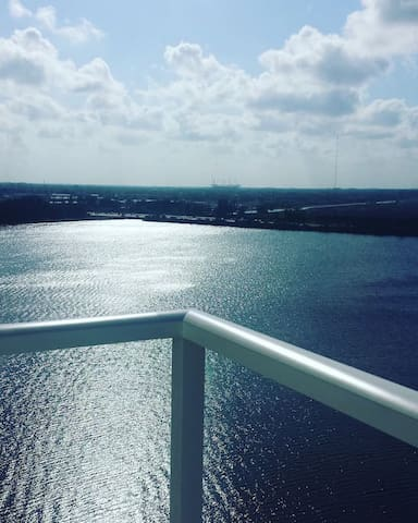 Perfectly Located!! 2BED/2BTH APARTMENT - Miami - Apartamento