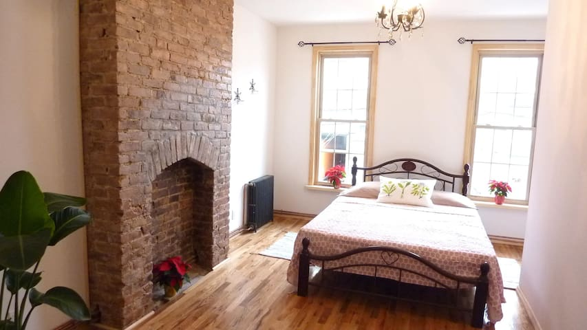 Super Cute, Cozy, Clean and Sunny 1 Bedroom - Queens - Appartamento
