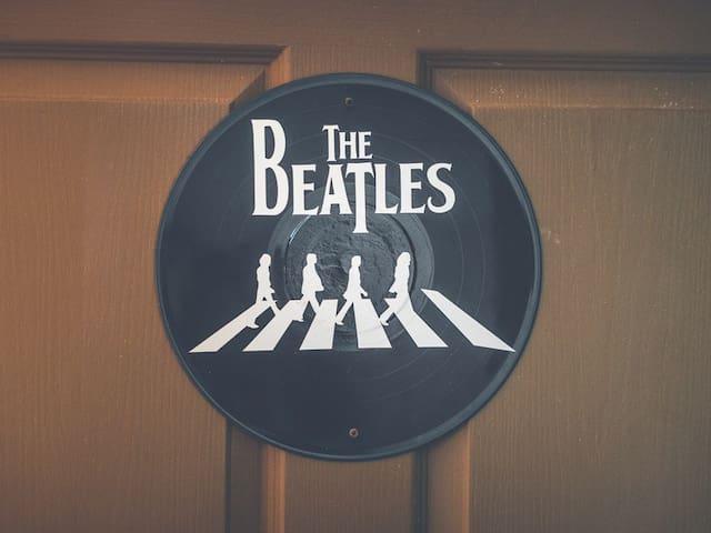 Beatles room in Pura Vida Hostel
