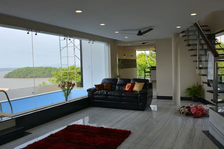 Acropolis XXIII- A Eco-Luxury Sky Villa, Bay Watch - Dabolim