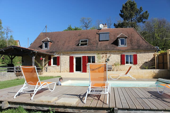 Holiday Home in Le Périgord Noir with heated pool - Rouffignac-Saint-Cernin-de-Reilhac - Huis