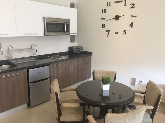 Great apt. w/amenities at the heart of RomaCondesa