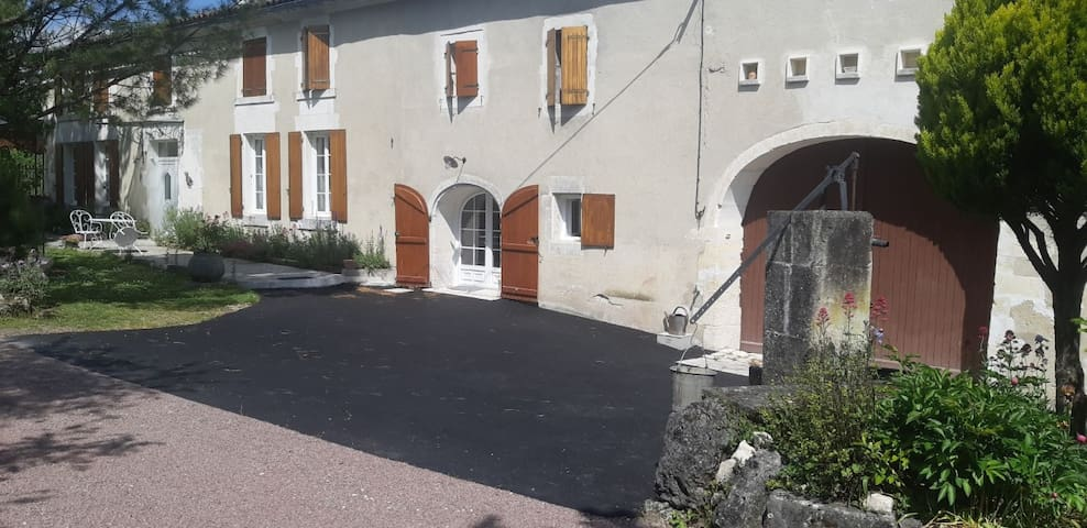 """Chez Barrett"" Famille Thimonet"