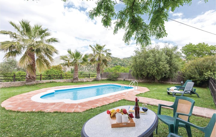 Holiday cottage with 1 bedroom on 41m² in Zahara de la Sierra