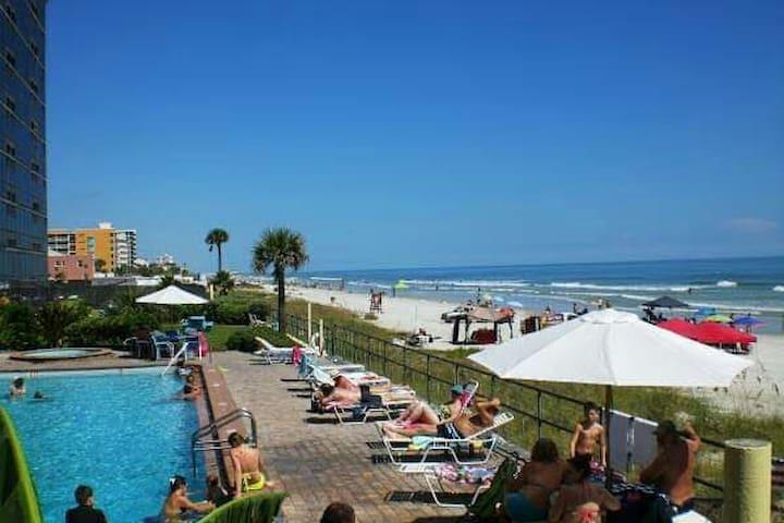 Oceanside Inn #2