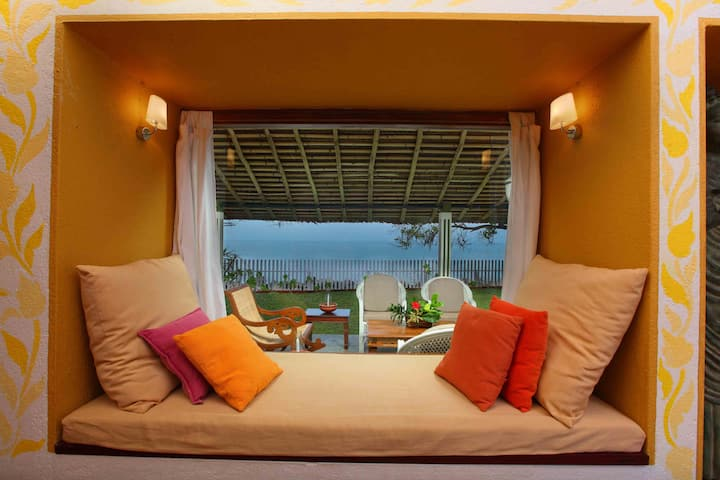 Cottages with direct beach access in Kerala