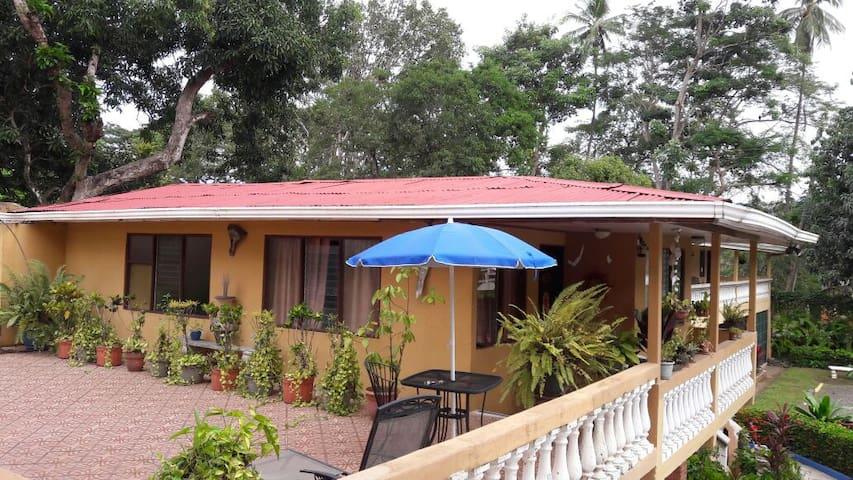Villa 212 Hotel Carara no A/C