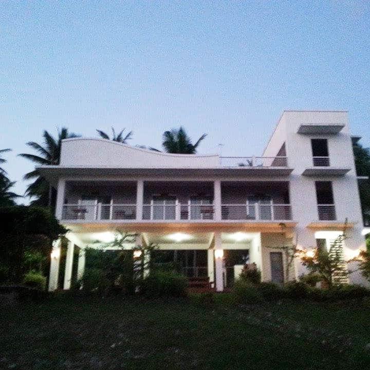 FamilyVacation House Laiya  Batangas FreeWiFi !