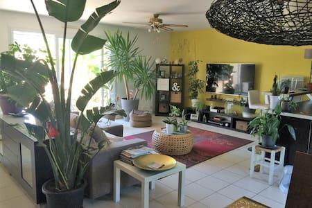 Jolie maison de 90m² indépendante avec jardin clos - Olonne-sur-Mer - Rumah