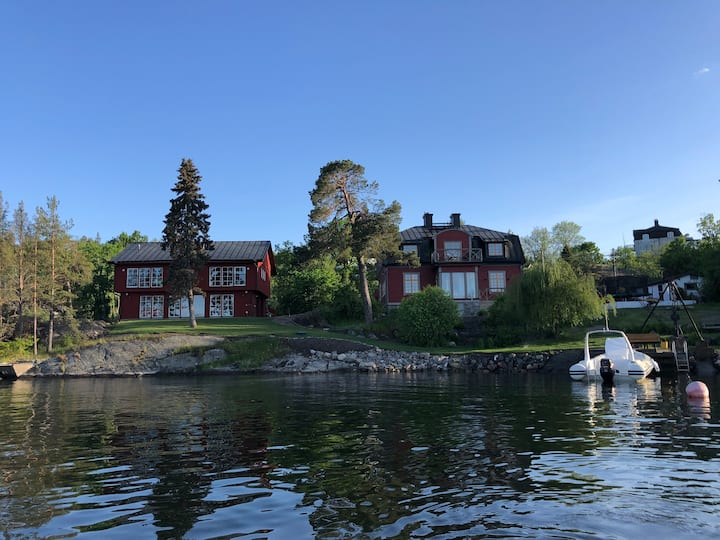 Live by the sea close to Stockholm City!