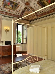 Double bedroom with Jacuzzi B&B Il Gianduia - Lucignano