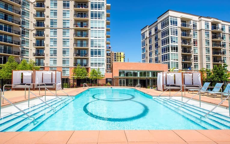 New & Luxury 2 Bed 2 Bath in Nashville
