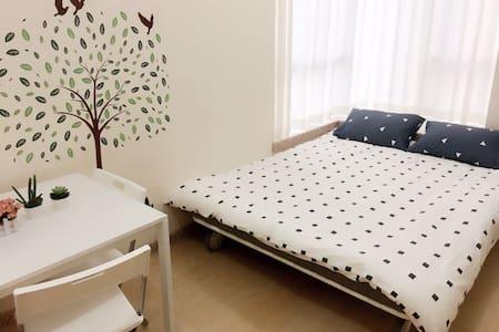 明亮舒適,交通便利的公寓@佐敦,九龍 - Jordan - Apartment