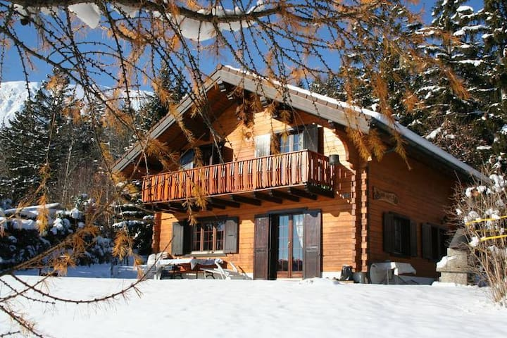 Beautiful chalet in the Swiss Alpes - Arbaz - Chalet