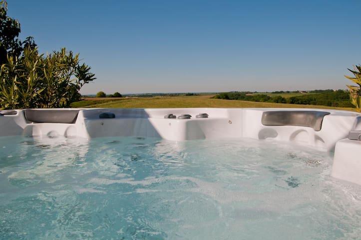 La maison de vos vacances avec spa et piscine