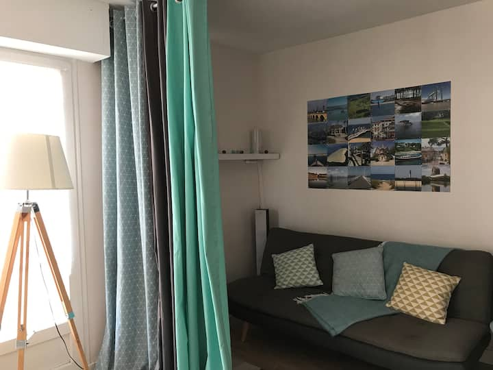Cosy flat in Arcachon down-town, balcony & parking