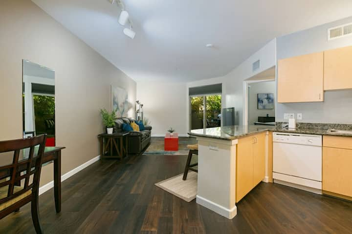 Well Manicured 1 bed & Modern Little Italy Condo ~