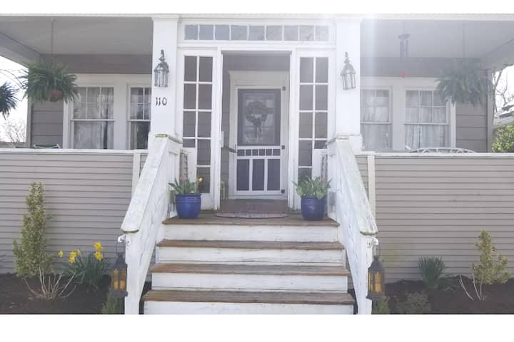 Charming home near Beach