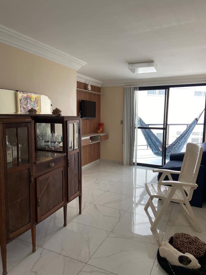 apartamento praia Peracanga beira-mar