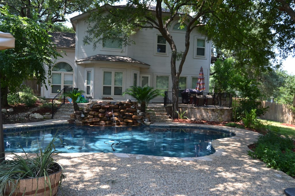 Vista Haven 4 Bedroom 3 Bath Pool Hot Tub Houses For Rent In San Antonio Texas United States