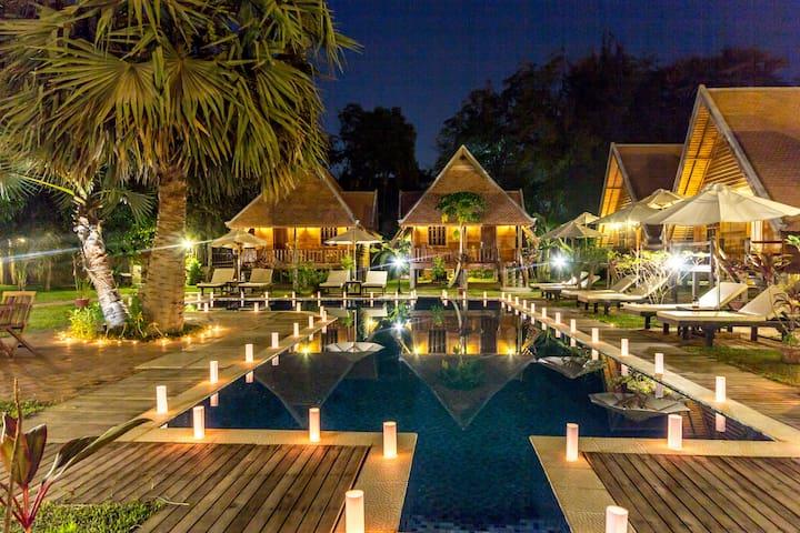 Angkor Heart Bungalow-Deluxe Triple Room