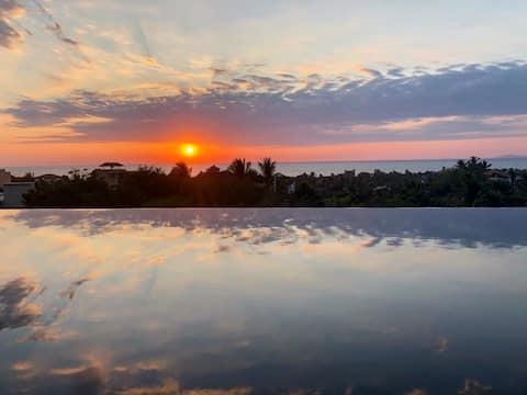Casa June. House with stunnig ocean view /la punta