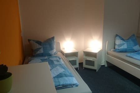 Helles Zweibettzimmer 14 m² in HOT am Sachsenring
